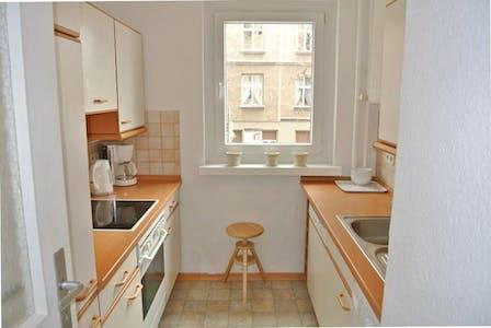 Apartamento para alugar desde 01 Mai 2018 até 31 Jul 2018 (Spenerstraße, Berlin)