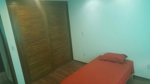 Room for rent from 19 Mar 2018 (Calle Tuxtla, Zapopan)