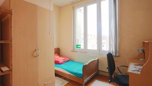 WG-Zimmer zur Miete ab 01 Sep. 2020 (Rue du Champ de la Couronne, Brussels)