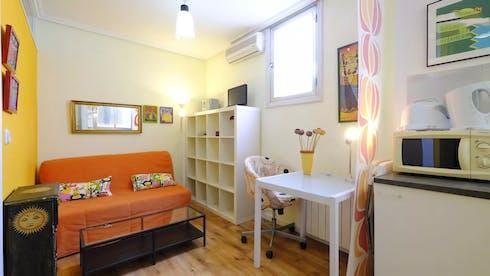 Wohnung zur Miete ab 03 Juli 2020 (Glorieta de Bilbao, Madrid)