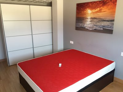 Room for rent from 01 Feb 2019 (Carrer Berenguer Montoliu, Valencia)