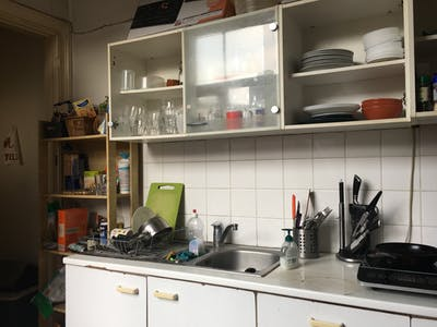 Private room for rent from 01 May 2020 (Rue du Lombard, Brussels)