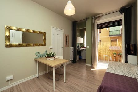 Apartment for rent from 01 Feb 2019 (Via Giacinto Bruzzesi, Milano)