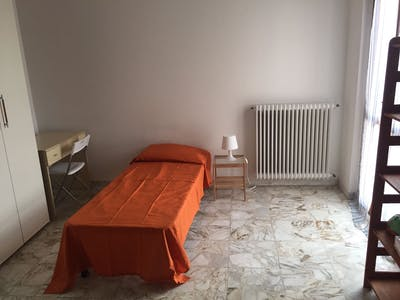 Shared room for rent from 21 Oct 2019 (Via Quarantola, Pisa)
