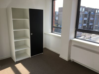 Apartment for rent from 29 Apr 2017  (Torenstraat, Den Haag)