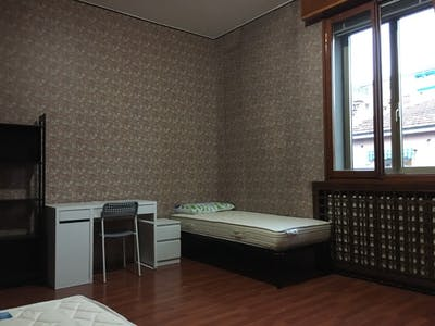 Shared room for rent from 01 Jun 2019 (Via Alfredo Protti, Bologna)