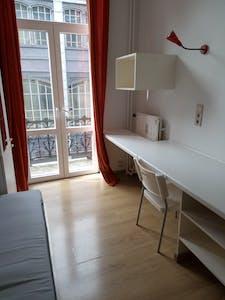 Appartement te huur vanaf 01 aug. 2018 (Rue de la Constitution, Schaerbeek)