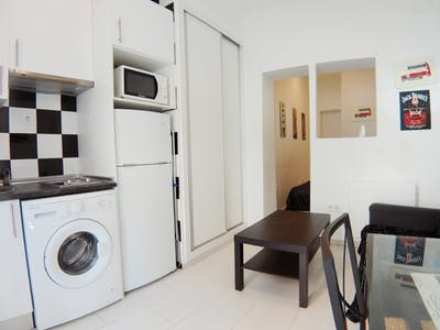 Apartment for rent from 24 Sep 2018 (Calle Rodrigo Uhagón, Madrid)