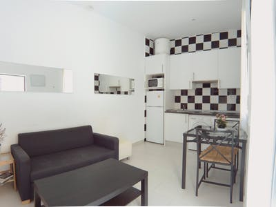 Apartment for rent from 31 Aug 2019 (Calle Rodrigo Uhagón, Madrid)