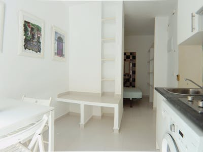 Appartement à partir du 01 Jul 2019 (Calle Antonio Zamora, Madrid)