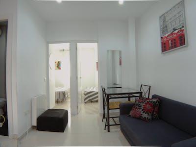 Appartamento in affitto a partire dal 24 Dec 2019 (Calle Antonio Zamora, Madrid)