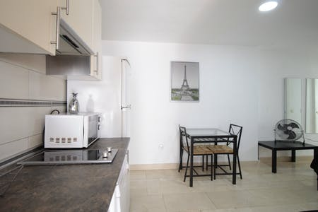 整套公寓租从01 Jul 2020 (Calle Antonio Zamora, Madrid)