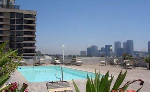 Appartement à partir du 20 mars 2018 (Wilshire Boulevard, Los Angeles)
