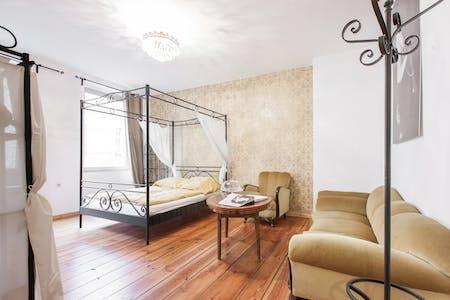 Appartement te huur vanaf 01 Sep 2019 (Böckhstraße, Berlin)