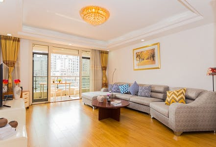 Appartamento in affitto a partire dal 21 Nov 2018 (Renmin Road, Shanghai Shi)
