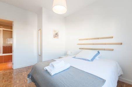 Apartment for rent from 01 Feb 2023 (Avenida de Brasil, Madrid)