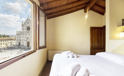 Apartment for rent from 19 Nov 2017  (Piazza di Santa Croce, Florence)