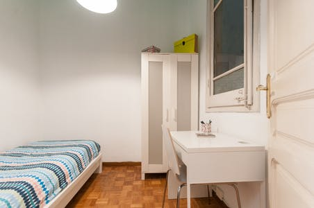 Room for rent from 31 Jan 2019 (Carrer del Consell de Cent, Barcelona)