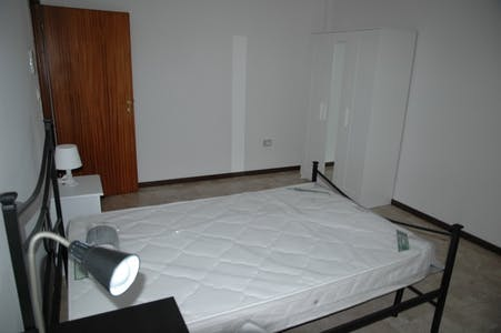 Privé kamer te huur vanaf 02 Aug 2019 (Via Savena Antico, Bologna)