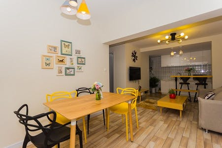 Apartment for rent from 19 Feb 2019 (Wu Lu Mu Qi Zhong Lu, Shanghai Shi)