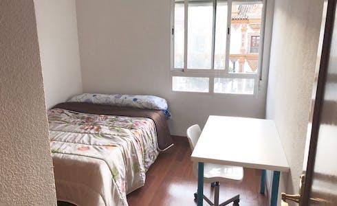合租房间租从01 2月 2018 (Plaza de Colón, Córdoba)