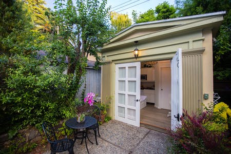 Apartment for rent from 27 May 2019 (Claremont Boulevard, Berkeley)