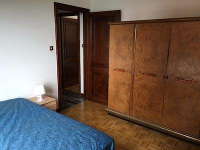 Kamer te huur vanaf 15 jul. 2018 (Via San Donato, Bologna)