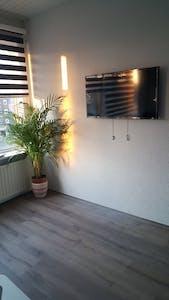 Appartamento in affitto a partire dal 01 ott 2018 (Schieweg, Rotterdam)