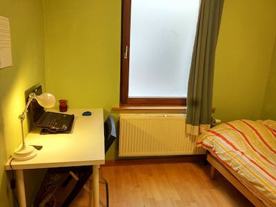 Room for rent from 01 Jan 2018  (Rue Gray, Ixelles)