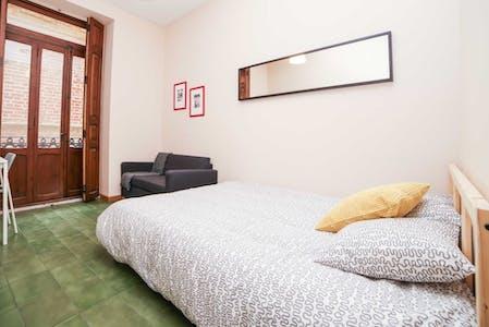 Private room for rent from 31 Jul 2019 (Carrer de Sant Martí, Valencia)