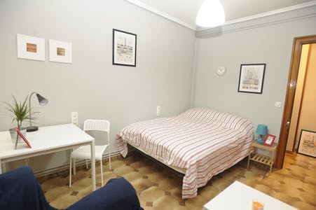 Private room for rent from 30 Sep 2019 (Carrer Mestre Palau, Valencia)