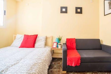 Chambre à partir du 31 juil. 2018 (Carrer de Fontanars dels Alforins, Valencia)