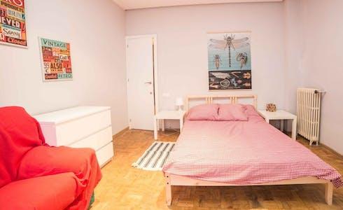 Room for rent from 31 Jul 2018 (Carrer de Vilaragut, Valencia)