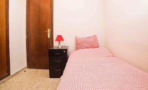 Zimmer zur Miete von 31 Juli 2018 (Carrer de Vilaragut, Valencia)