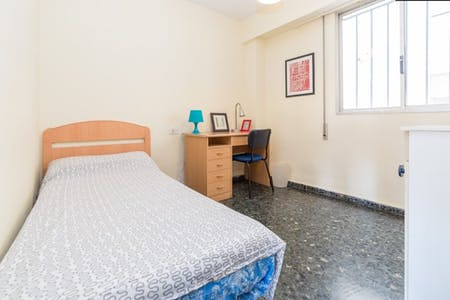 Zimmer zur Miete von 09 Juni 2018 (Avinguda del Primat Reig, Valencia)
