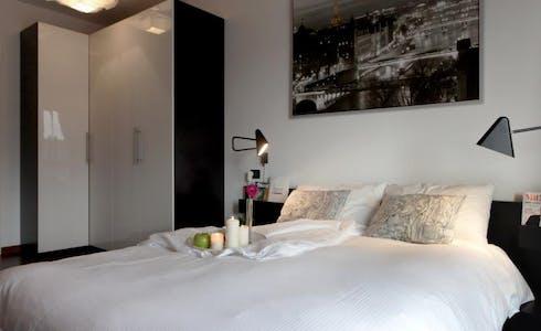 Appartement à partir du 01 juil. 2018 (Via Paolo Maspero, Milano)