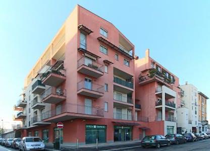 Apartamento de alquiler desde 06 ago. 2018 (Via Paolo Maspero, Milano)