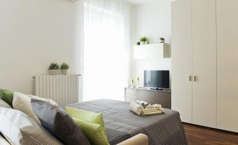 Appartement te huur vanaf 01 jul. 2018 (Via Paolo Maspero, Milano)