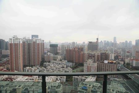 Room for rent from 22 Jul 2018 (Wan Hang Du Lu, Shanghai Shi)