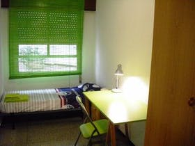 Private room for rent from 01 Feb 2019 (Passatge Doctor Bartual Moret, Valencia)