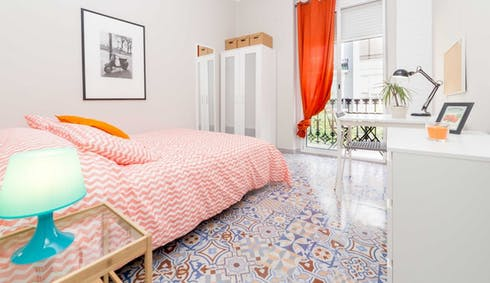 Private room for rent from 01 Sep 2019 (Carrer del Comte d'Altea, Valencia)
