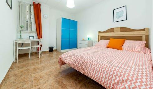 Room for rent from 01 Feb 2018  (Carrer de Cuba, Valencia)