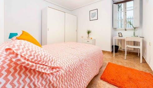Room for rent from 23 Mar 2018 (Carrer de Cuba, Valencia)