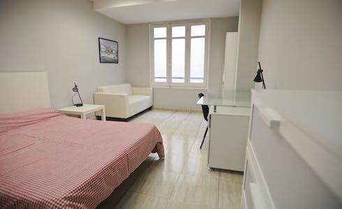 Kamer te huur vanaf 31 jul. 2018 (Carrer de Sant Vicent Màrtir, Valencia)