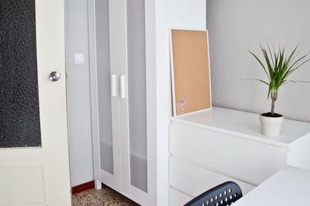 Habitación privada de alquiler desde 01 abr. 2020 (Carrer del Doctor Vicente Pallarés, Valencia)