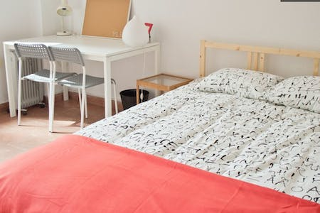 Room for rent from 31 Mar 2018 (Calle del Doctor Zamenhof, Valencia)