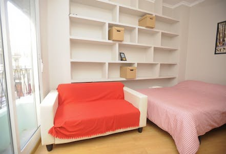 Room for rent from 15 Aug 2018 (Carrer de les Garrigues, Valencia)