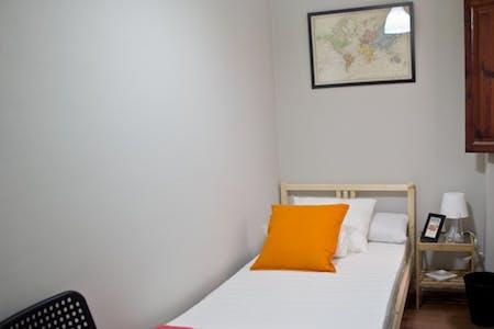 Zimmer zur Miete von 01 Febr. 2018  (Carrer Mestre Palau, Valencia)