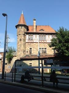 apartamento se alquila en strasbourg square de l 39 aiguillage housinganywhere 1214176. Black Bedroom Furniture Sets. Home Design Ideas