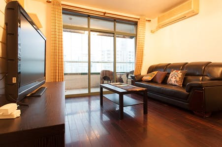 Apartment for rent from 17 Jan 2019 (Changshou Road, Shanghai Shi)